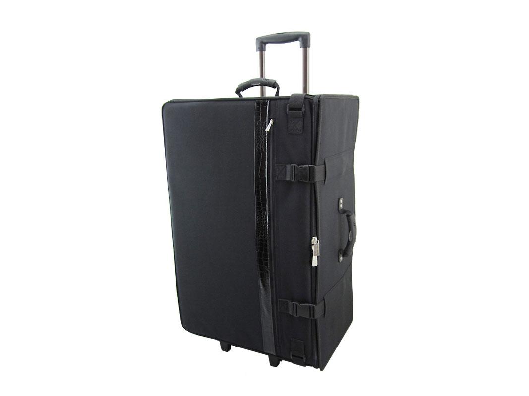AU-7 User Friendly Wheeled Bag